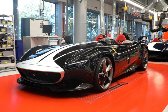 Produzione Ferrari SP2