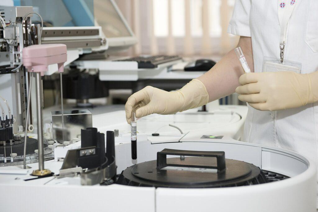 laboratorio retina artificiale